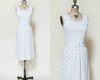 1970s Spring Dress --- Vintage White Dress