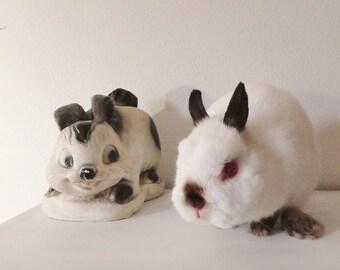 Vintage Bunny Figurine Pop Art Rabbit Bank Black & White Bunny Bank Easter Decor Kitsch Decor Rabbit Figurine Cartoon Art Bunny Figurine