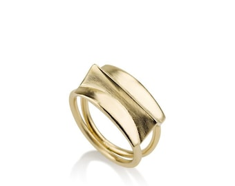 Blake Ring, fashion rings, geometric gold ring, minimalist gold ring, contour studio, unique rings for her, simple gold ring