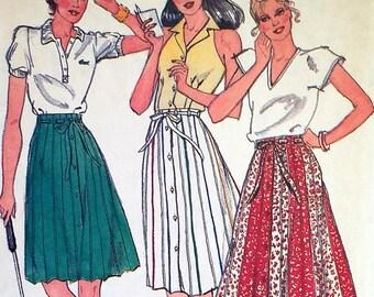 Vintage A Line Pleated Skirt Pattern Butterick 3672 Waist 26.5 Factory Folded