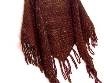 Boho Fringe Shawl - Chunky Knit Triangle Wrap - Womens Shoulder Warmer - Southwestern Clothing - Dark Rust Color
