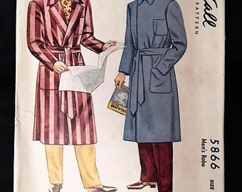 Orig Vintage 1940s McCall's Pattern Men's Robe 5866 Small 34-36 early 40s Printed pattern Include Cut and sew guide