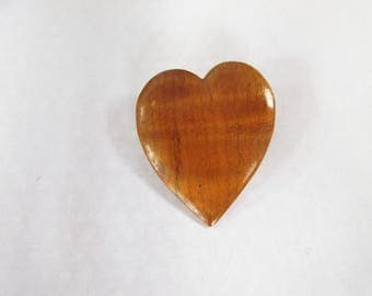 Very Cool Vintage WOODEN HEART Pin