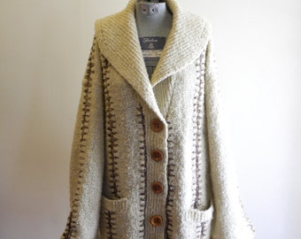 70s COZY wood button textured cardigan sz. Large
