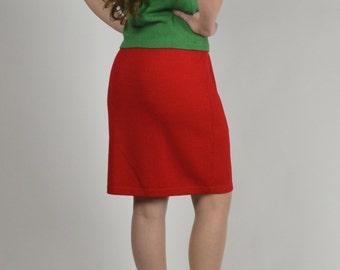 St John Skirt, Red Skirt, St John by Marie Gray,  Vintage Designer Clothing, Knit Skirt,  Short Skirt, Above Knee Length
