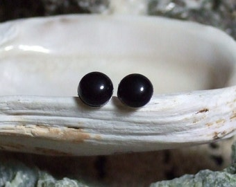 Black Onyx 5mm Stud Earrings Earings Titanium Posts and Clutches Hypo Allergenic Handmade in Newfoundland Integrity