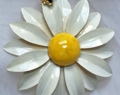 Reserved - Vintage - Weiss Daisy with Lady Bug Pin - Flower Power