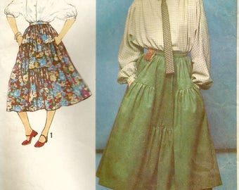 Vintage 70s Simplicity 8680 Misses Tiered and Gathered Skirt Plus Kimono Sleeve Blouse Sewing Pattern Size 6-8 Bust 30.5-31.5