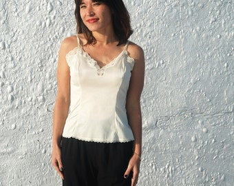 Vintage 1970s Creamy White Vanity Fair Camisole Size 34 XS/S