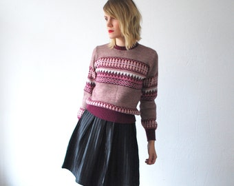 70s ski sweater. burgundy red patterned crop sweater - small
