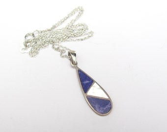 Vintage Mother of Pearl Silver Pendant Necklace Sterling Inlaid Purple Agate With Sterling Silver Chain, Dainty Petite, TMA 925