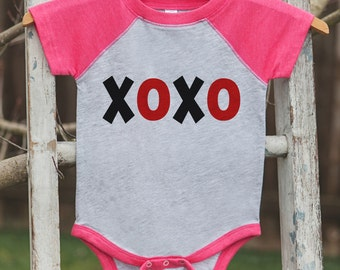 Girls Valentines Outfit - XOXO Valentine's Day Shirt or Onepiece - Kids Pink Raglan Valentine's Shirt - Red Black Baby Valentines Day Outfit