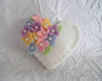 Felt Flower Brooch Pin Beaded Valentines Day Heart Wool Beaded Pink Purple Flowers