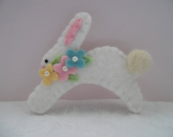 Easter Brooch Bunny Felt Pastel Spring Flowers Pin Beaded