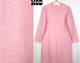 Lovely Vintage 60s Pastel Pink Paisley Woven Knit Shift Dress! Plus!
