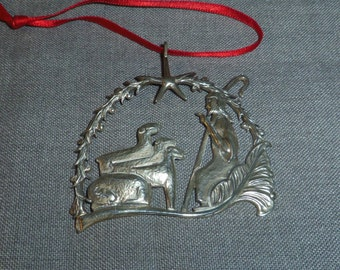 "Sterling Silver Shepherd Ornament by Silversmiths Hand & Hammered #617 2"" x 2"""