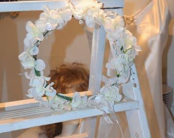 White Flower crown, flower crown,  flower headband, wedding crown, head piece, head wreath, hair accessories, White crown, flower girl crown