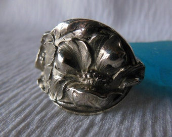 Antique Spoon Ring  Sterling Silver  Size 8   Poppy