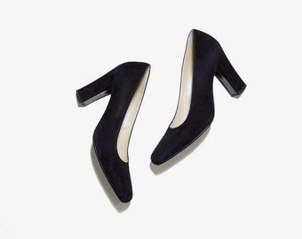 Vintage Leather Heels 6 / Charles Jourdan Heels / Black Suede Pumps / Minimal Heels