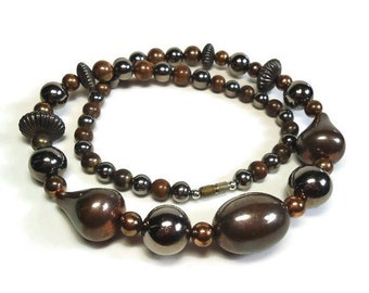 60s Bronze Metal Bead Necklace in Single Strand of Beads with Copper Accents with Barrel Clasp Closure - Vintage 60's Boho Costume Jewelry