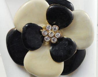 Bold Black and White Flower Ring/Rhinestone/Gift For Her/Spring/Summer Jewelry/Statement Jewelry/Adjustable/Under 20 USD