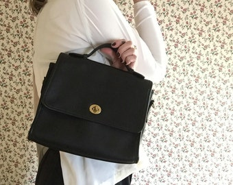 black leather COACH womens designer top handle medium sized sectional preppy womens collectible gift PURSE 90s vintage hand bag gold detail
