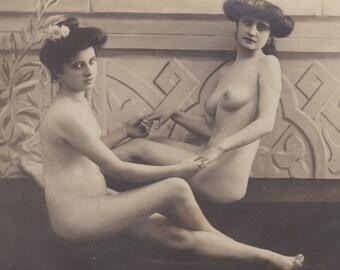 Superb Nude Postcard, circa 1910