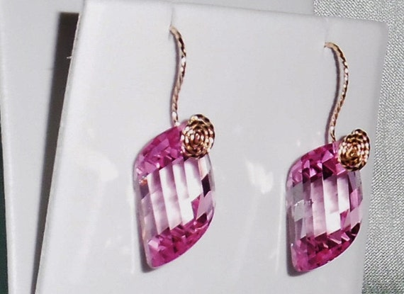 36 cts Natural Fancy cut Pink Topaz gemstones, 14kt yellow gold Pierced Earrings