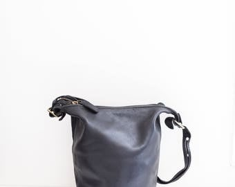 black leather large bucket bag tote purse