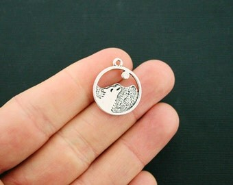 4 Wolf Pendant Charms Antique Silver Tone Full Moon Mountain - SC6442