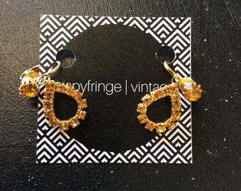 Free Shipping!: Vintage Inspired Simplistic Teardrop Clip On Earrings With Gold Detail