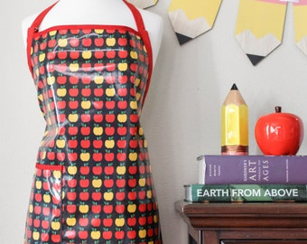 Womens Waterproof Apron Teachers Apron in Apple Print