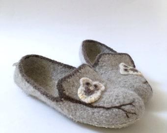 Wool Felted Slippers - Boyfriend Slippers for Women / Loafers / Houseshoes / Oatmeal / Dark Brown / Owl / Tree Branch / Teen Gift / Handmade