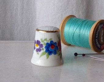 Vintage Porcelain Thimble Flowers Bavaria Thimble Collector Sewing Room 1980s