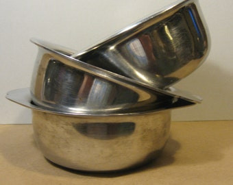 AluminumStainless Steel Bowls Set of Three for Ice Cream, Soup and Salad Soap Holder Food Bowls Steel Bowls