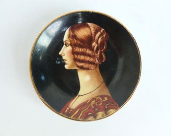 Hand Painted Portrait Porcelain Plate Miniature Trinket Dish Wall Hanging of Giovanna Tornabuoni Italy
