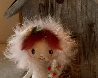 Tiny Snow doll , tiny snow baby doll ,Snowbaby ornament , Collector Snowbaby , Christmas doll , Christmas gift doll