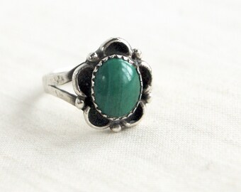 Malachite Ring Size 7 Vintage Native American Cocktail Ring Southwestern Navajo Statement Jewelry