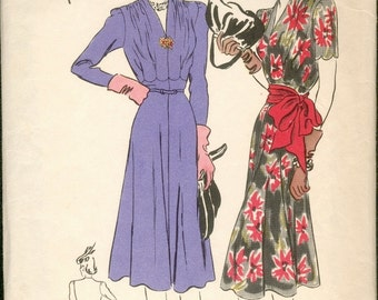 Beautiful Vintage 1930s Vogue Special Design S-4133 Scallop Waist Detail V Neck Frock Dress and Sash Sewing Pattern B32
