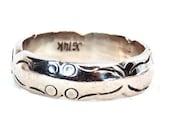 Reserved Cora/ Sale! 14K White Gold Vintage Wedding Band, Engraved Pattern Ring, Stacking Ring
