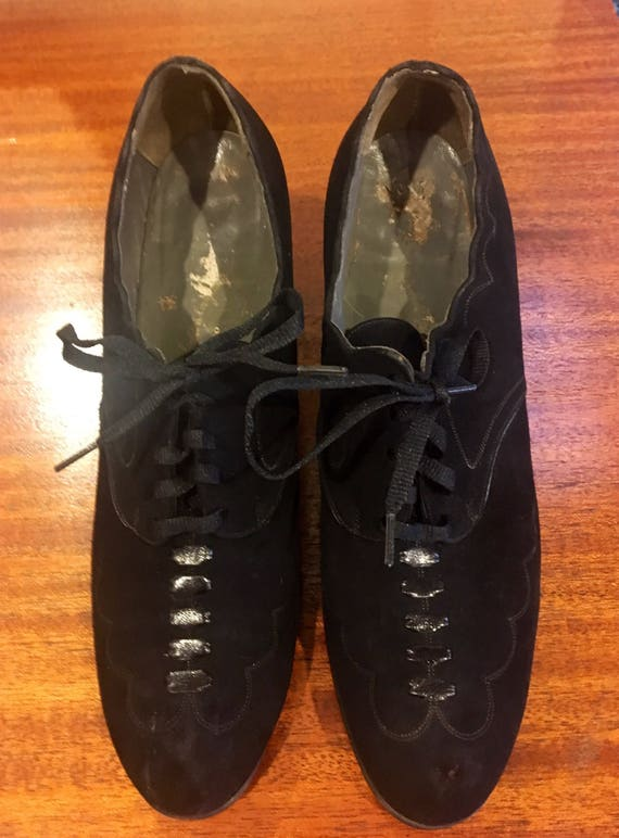 Vintage 1930s Black Suede Lace Up Shoes by Dr. M.W. Locke Size 6.5