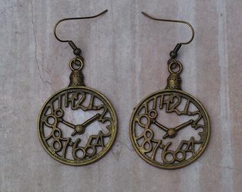 Klocken Earrings  - Antique Brass Finish Steampunk Clocks