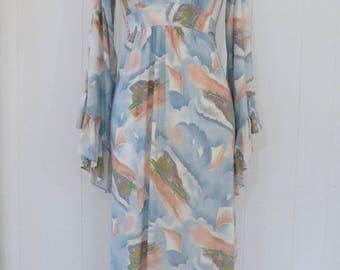 70's Windy Day Novelty Print Maxi Dress Slinky Nylon Kimono Sleeve Hostess Gown S M