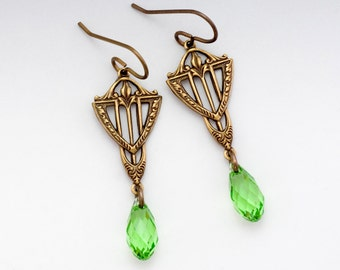 Peridot Green Swarovski Crystal Earrings, Green Art Deco Jewelry, Green Earrings, Swarovski Dangle Earring Brass, Art Deco Earring, Federica