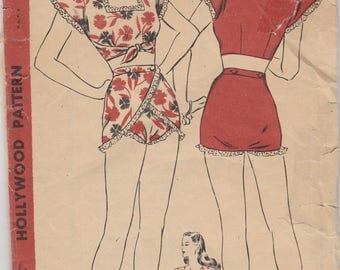 Adorable 1940s Midriff Sun Suit Pattern Hollywood 1600 Size 14