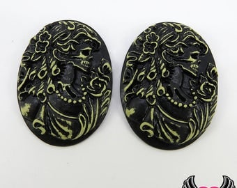 2 pc Antique Style VICTORIAN ZOMBIE with BUTTERFLY Lolita Skeleton Black Resin Cameos 30x40mm cabochons
