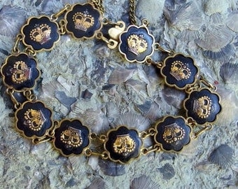 """Damascene Crown Bracelet with Original Box and Label, 10 Pieces, Safety Chain, 7 1/2"""", Gold Crowns on Black, Scalloped Edges, Lovely"""