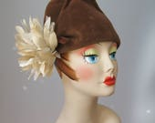 Tall Crowned Hat / Vtg 40...