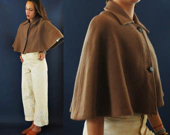 1960s Toffe Taupe Brown Wool Capelet