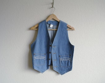 Vintage 1970s Denim Vest - Mens Denim Vest - Womens Denim Vest - Blue Wash Denim - Embroidered Denim - Jean Vest - Women Small - Men XXS